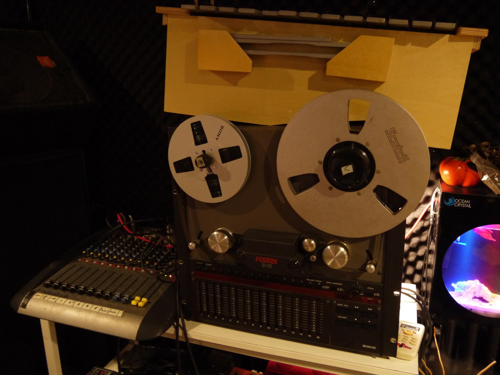 专访:宠物同谋乐队电子音乐制作人虎子
