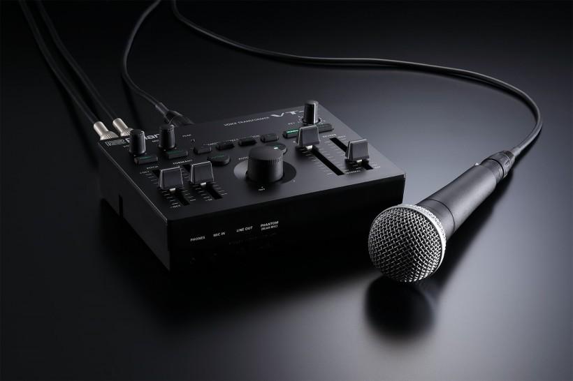 来看看这款变声器 Roland VT-4 人声效果器