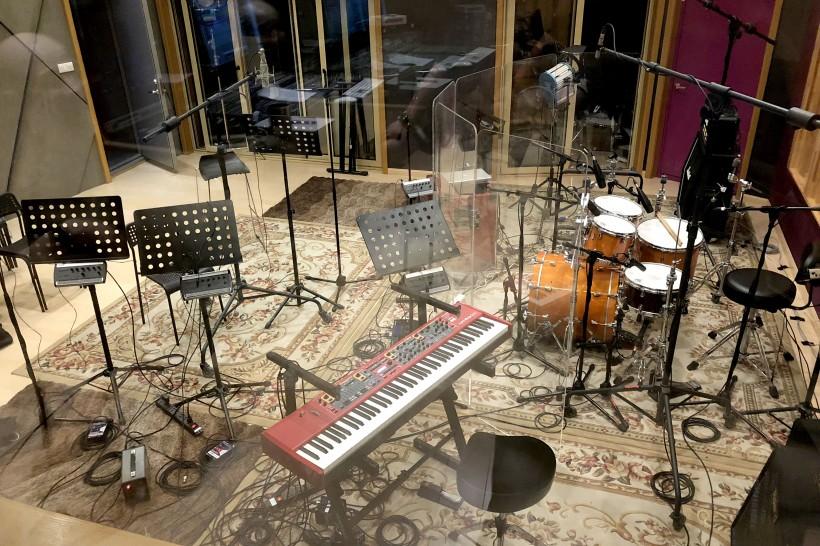 如何成为一名职业录音师,并且能与知名音乐人一起工作?