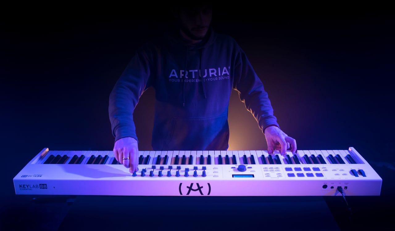 Arturia - KeyLab Essential 88