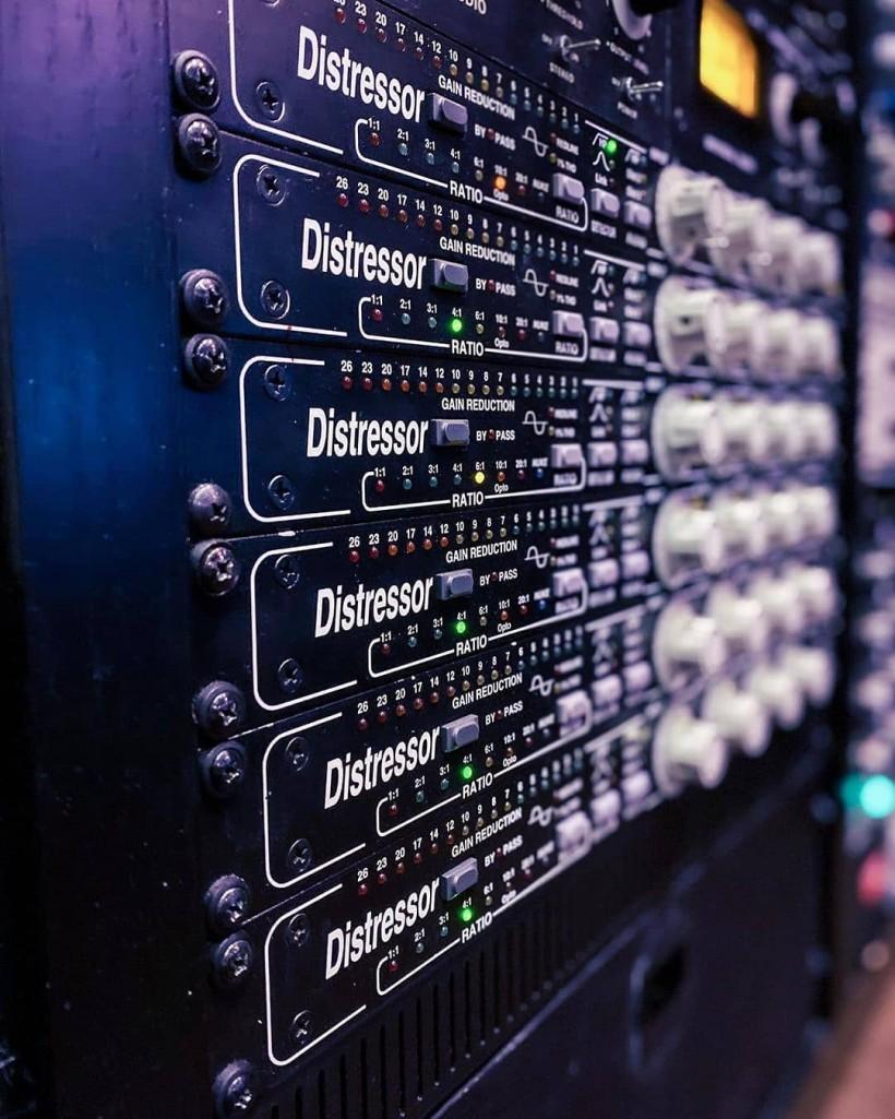 叮咚音频正式加入 Empirical Labs,成为 ELI 大陆地区授权经销商