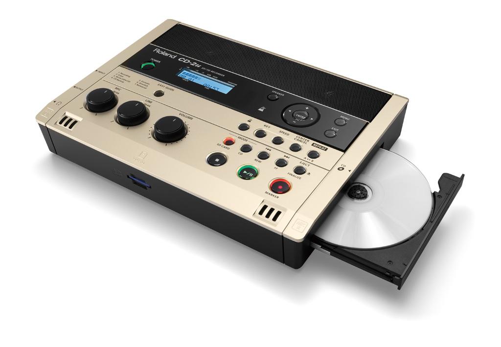 All-In-One的一体式设计 得益于小巧的体积及可电池供电,CD-2u是您随身携带的音乐好伴侣,只需要这一台小小的设备您就可以实现随时进行录音、编辑、播放及刻录。内置立体声话筒让您可以更方便的录音,高品质的立体声扬声器让您聆听自己的录音或CD中的音乐、教材或其它资料。 简单、直观的操作 CD-2u可以使用SD/SDHC存储卡录音,在外接AC适配器时也可以直接录制到CD-R及CD-RW光盘中。CD-2u配备了便捷向导(Easy Guide)功能,任何人都可以迅速掌握使用方法,屏幕上清晰的指示可以指导您每