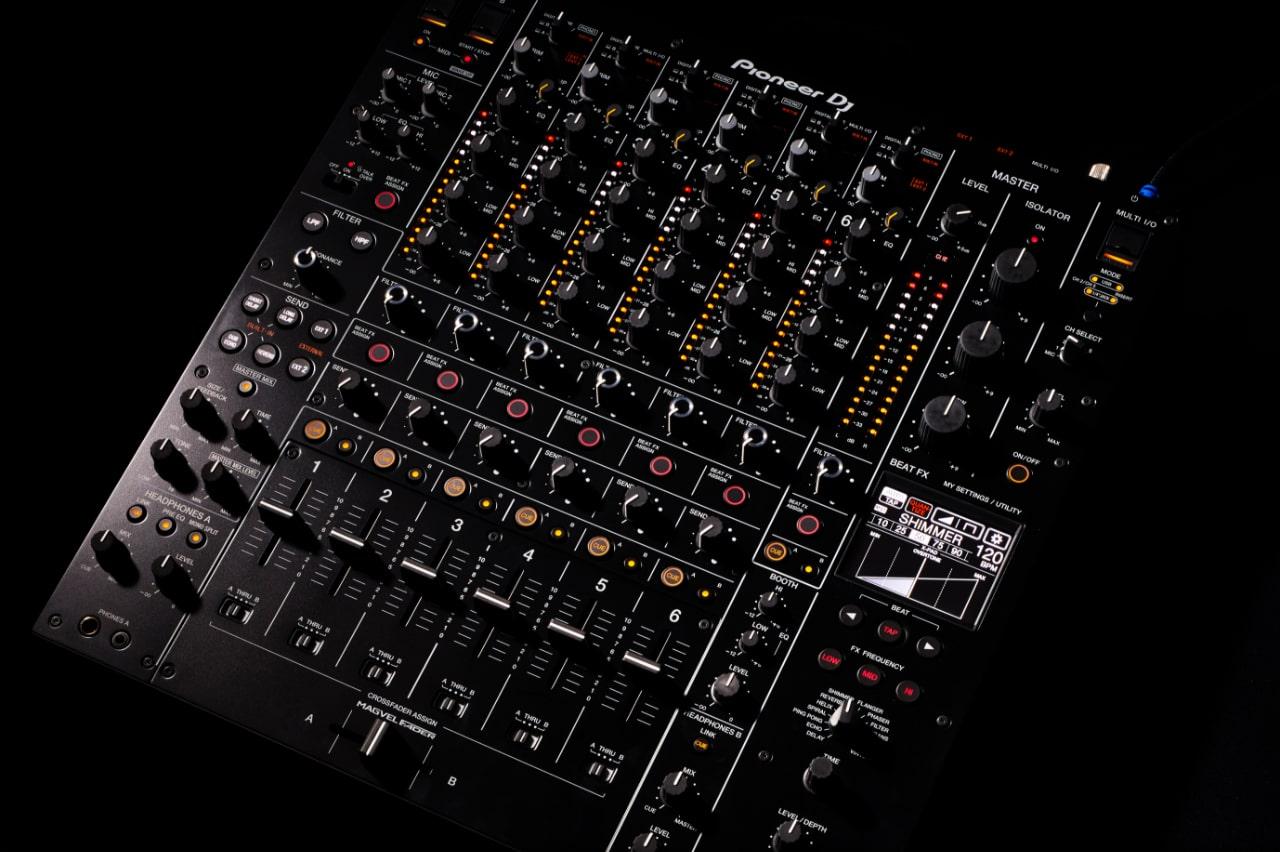 Pioneer Pro DJ - DJM-V10