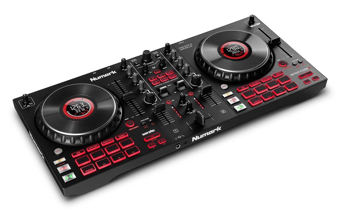 Numark - Mixtrack Platinum FX