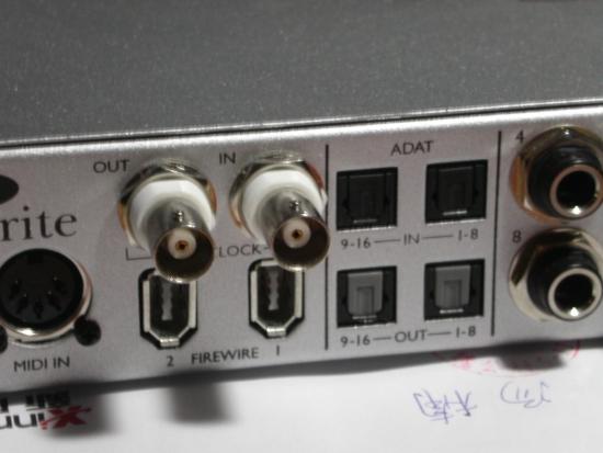 两对adat输入/输出接口;