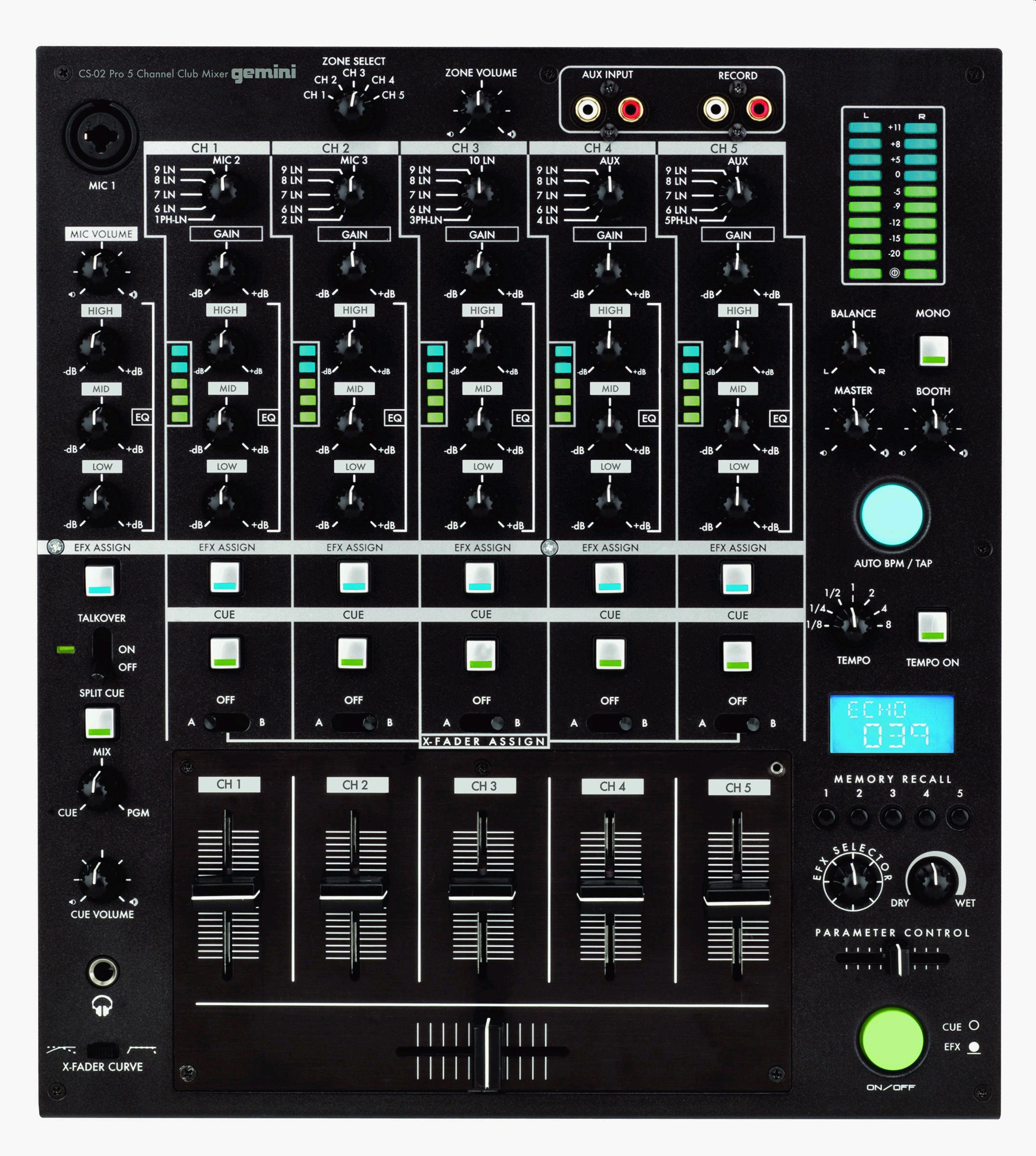 CS-02的每个通道都带有一个EFX选择开关和crossfader选择开关,通过输入选择旋钮可设置每个通道的输入源信号。其DSP效果模块提供25种效果器,每种效果均可选择加载在哪个通道上。 自动速度/tap按钮可使效果器的速度与歌曲的速度同步。其它特性还包括每个通道都带有可调增益的3段EQ、AUX和REC输入接口,话筒输入支持cue点控制。 CS-02将于2006年第二季度上市,价格399.